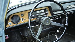 Vive La Difference! - 1965-1971 Renault 10