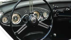 The Handsome Healey - 1959-1967 Austin-Healey 3000