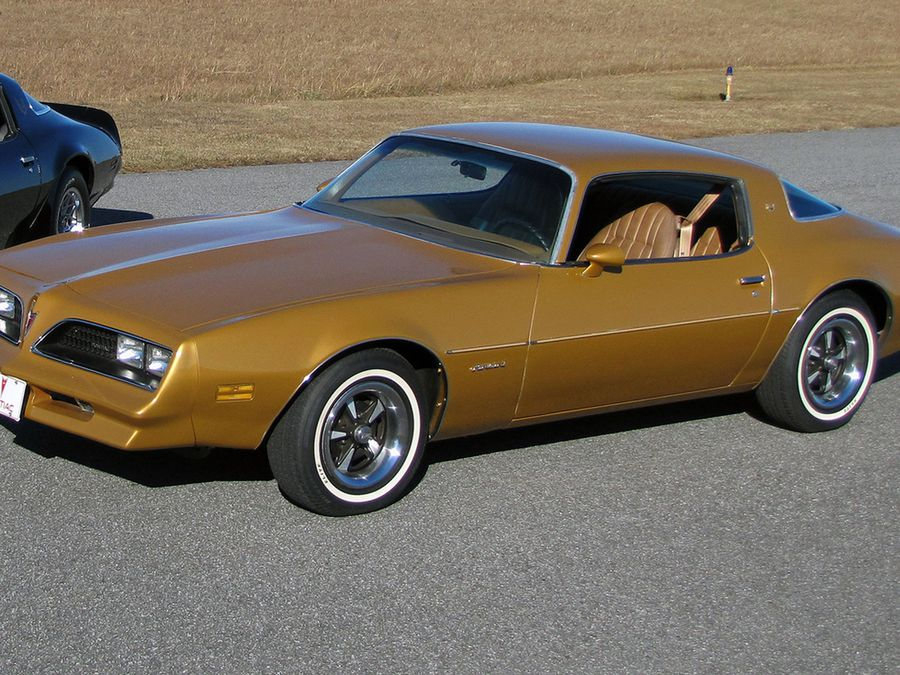 jim rockford s firebird is the thinking man s pontiac prize hemmings jim rockford s firebird is the thinking