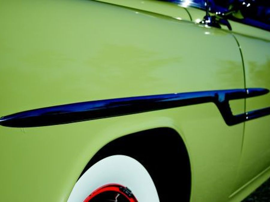 1952-1954 Pontiac Chieftain | HemmingsHemmings Motor News