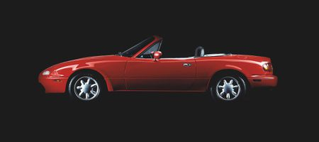 Need another reason to buy a first-gen Miata? Mazda's expanding... |  Hemmingswww.hemmings.com