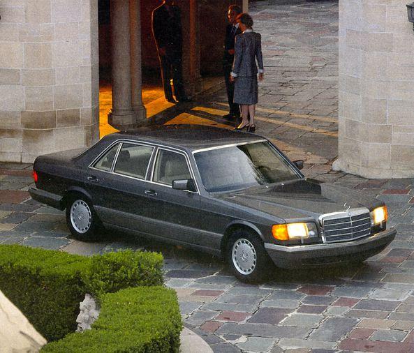 "The Last Classic Benz: Mercedes-Benz's ""W126"" S-Class... |  HemmingsHemmings Motor News"