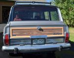 1989 Jeep Grand Wagoneer tailgate